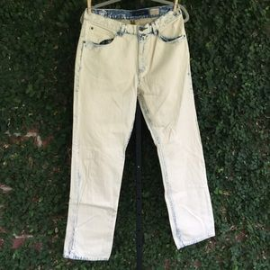 Tommy Hilfiger White-wash Bleached Jeans